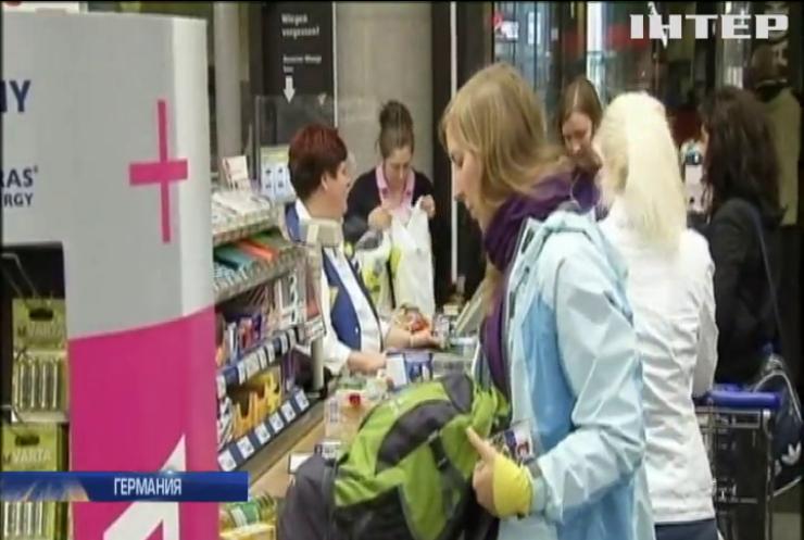 За пособием по безработице - в магазин: Германия упростила выдачу социальных выплат