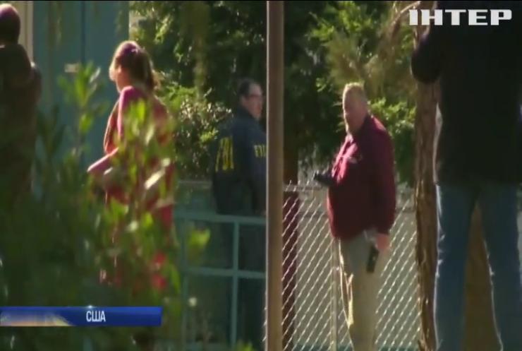 У Каліфорнії злочинець відкрив стрілянину у початковій школі