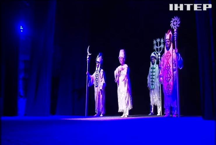 """""""С теплом в сердце"""": кукольный театр представил юным зрителям новогоднюю сказку"""