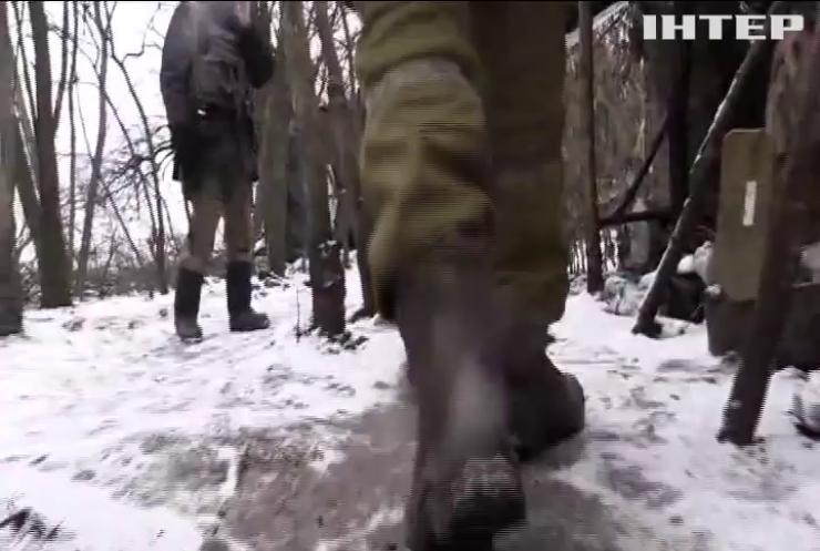 На Донбасі від куль бойовиків загинув армієць