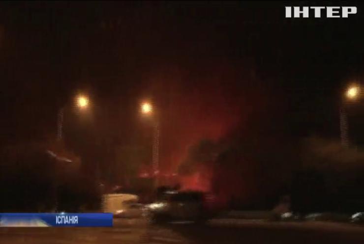 Пожежі в Іспанії: вогонь підібрався до житлових кварталів