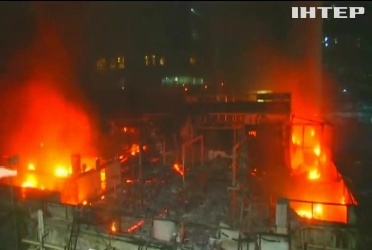 У Індії в офісно-розважальному центрі згоріли люди