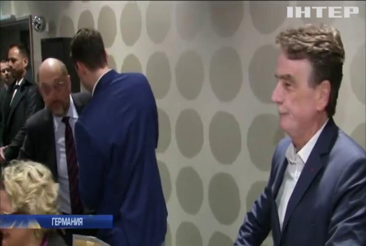 У социал-демократов Германии произошел раскол из-за коалиции с Меркель