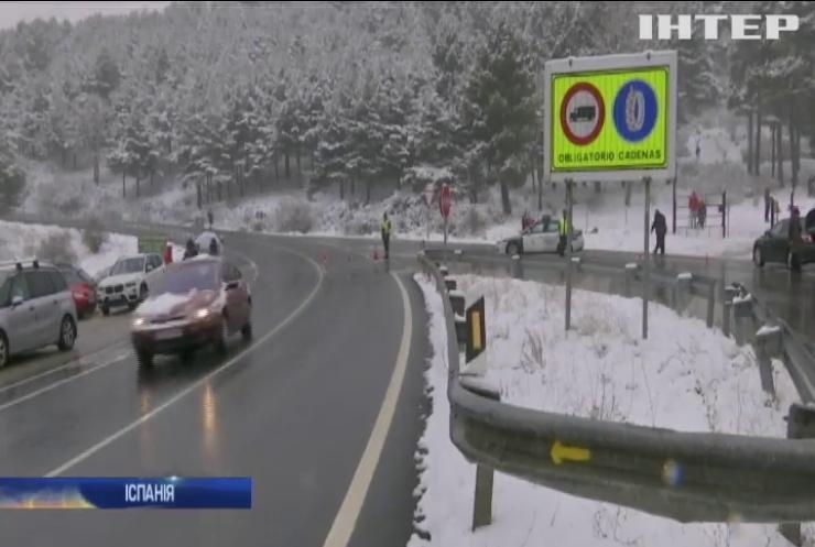 Снігопади у Іспанії: рятувальники оголосили передостанній рівень загрози