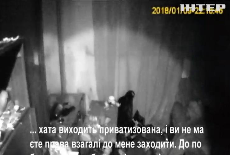На Волині врятували дітей від антисанітарії та п'яної матері (відео)