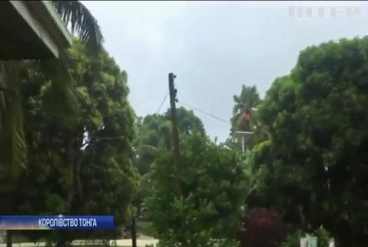 Потужний шторм накрив королівство Тонга