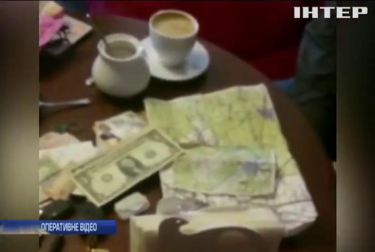 Бурштиновий бізнесмен регулярно платив хабарі керівнику підрозділу СБУ