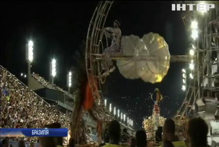 На карнавал у Ріо приїхали подивитися 6 мільйонів людей