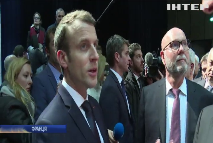 Франція готується завдати авіаудару по Сирії - Макрон