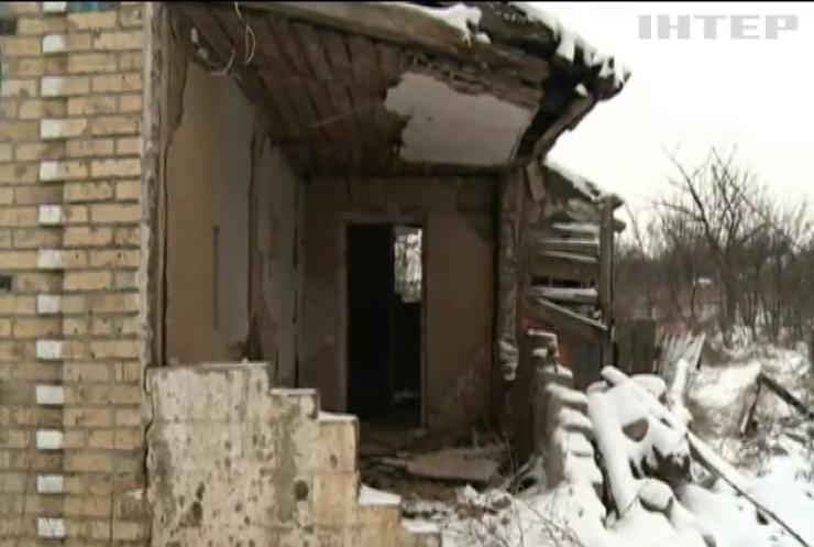 На Донбасі зростає кількість ворожих обстрілів - штаб АТО