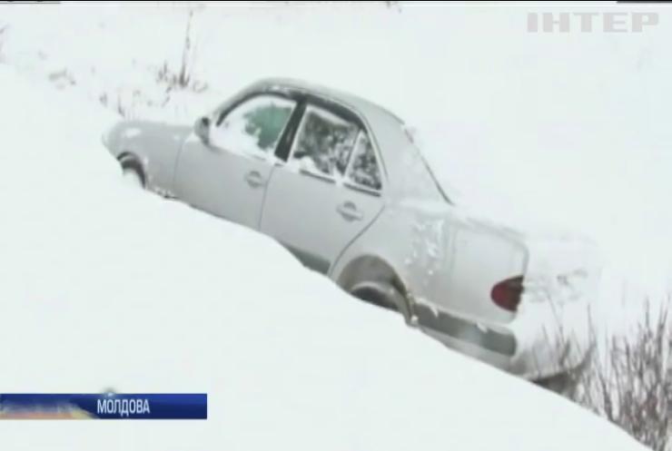 Молдова потерпає від аномального холоду (відео)