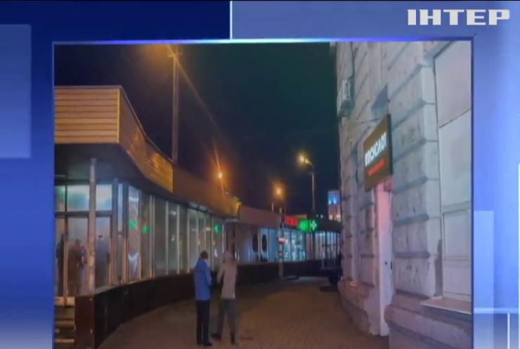 Погром со стрельбой: в Днепре неизвестные в балаклавах разгромили зал игровых автоматов