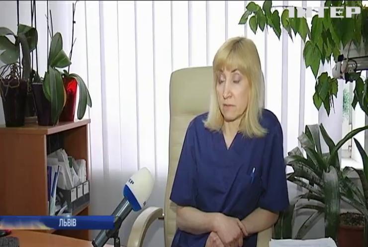 Життя під загрозою: у Львові немовля потребує допомоги