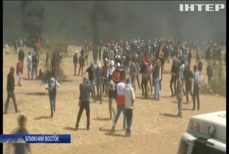 В Газе не утихают столкновения палестинцев с израильскими военными