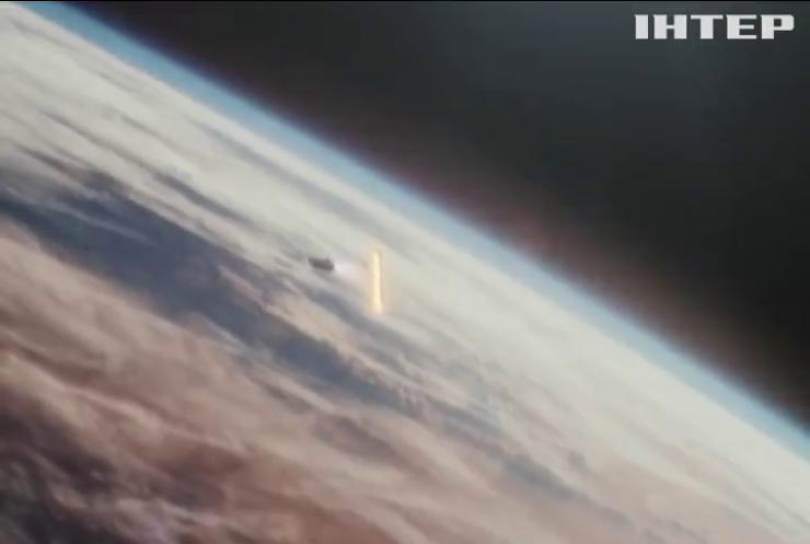 Компания SpaceX планирует организовать космический туризм