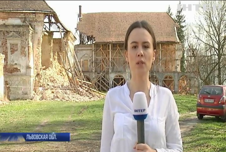 Руины истории: почему во Львовской области местные власти не торопятся спасать старинный замок?