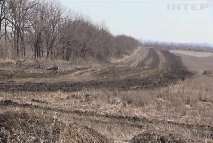 Війна на Донбасі: двох бійців ЗСУ поранено на сході країни