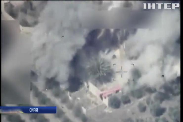 ВПС Іраку завдали ударів по позиціях ІДІЛ у Сирії (відео)