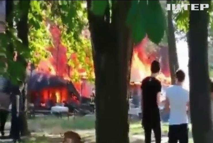 В городском парке Одессы сгорело кафе