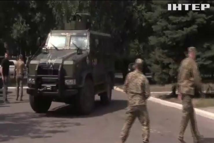 Курт Волкер проинспектирует зону боевых действий на Донбассе