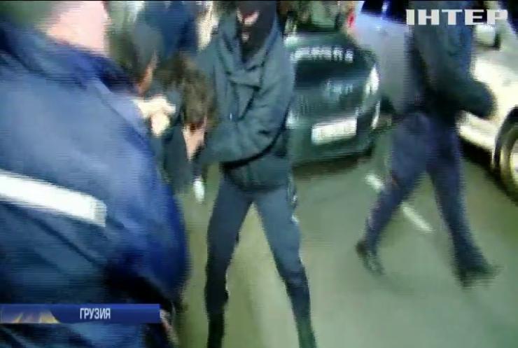В Тбилиси прошли митинги с требованием отставки главы МВД