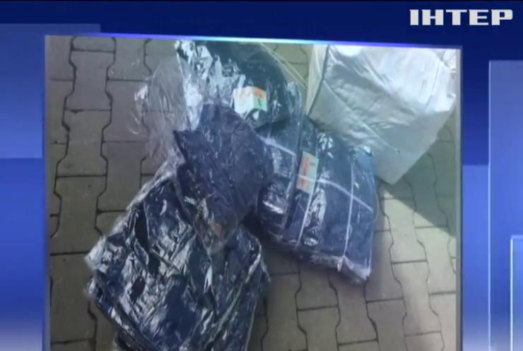 На Волині конфіскували контрабандний одяг на 4 мільйони гривень
