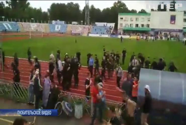 В Черкассах футбольный матч местных команд спровоцировал массовые беспорядки