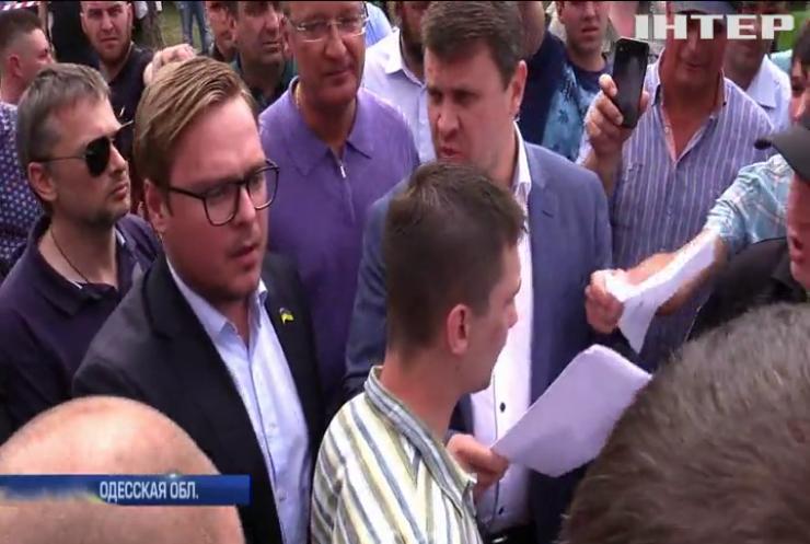 Выборы под стрельбу: чем завершилось голосование за поселкового голову в Одесской области?