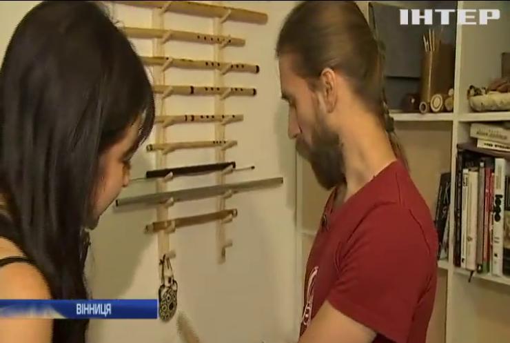 Українець продемонстрував незвичайні музичні інструменти