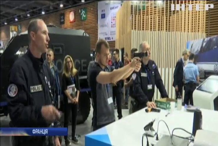 Україна представила нову зброю на виставці у Франції