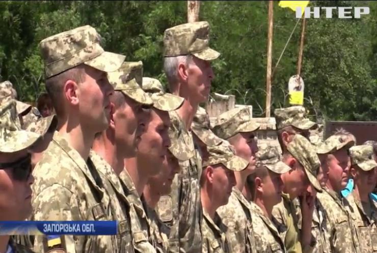 Україна вшановує пам'ять загиблих десантників у авіакатастрофі Іл-76