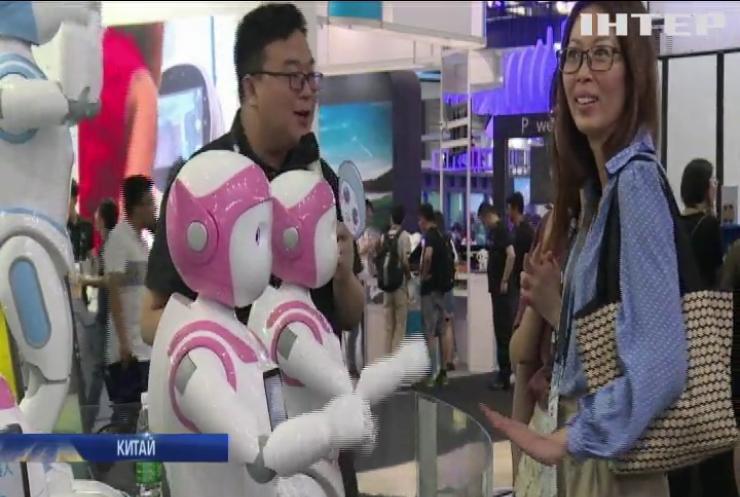 У Китаї за малюками доглядатимуть роботи-няньки (відео)