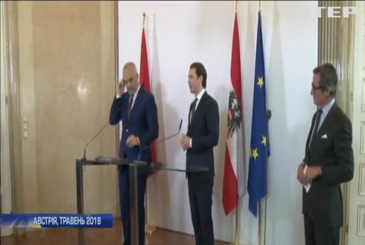 Албанія відмовилася створювати притулки для біженців