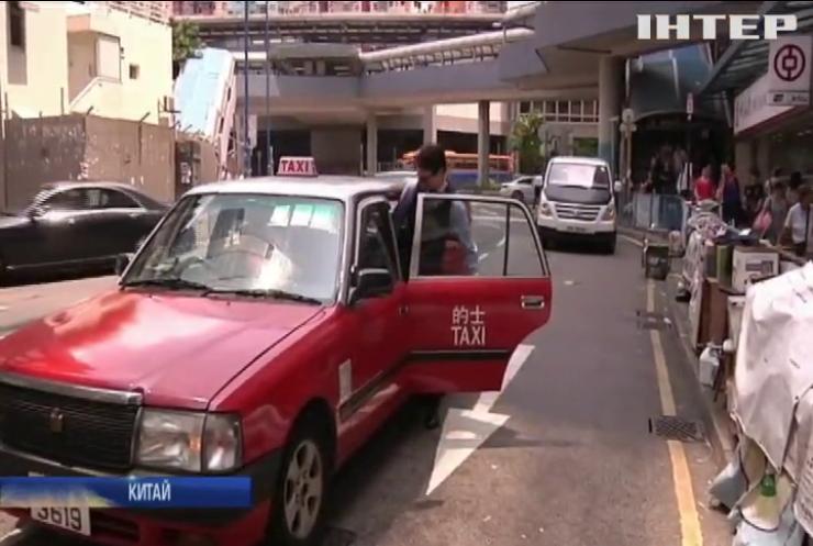 Пьяный пассажир заплатил в такси в 100 раз больше