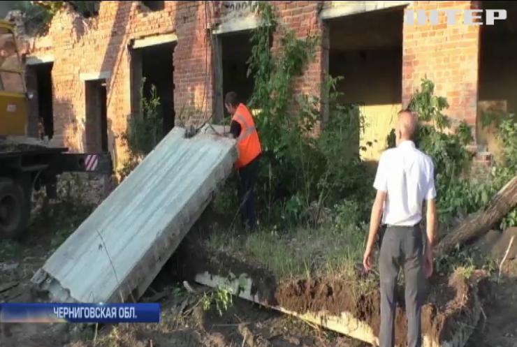 В Нежине на стройке погибли трое подростков