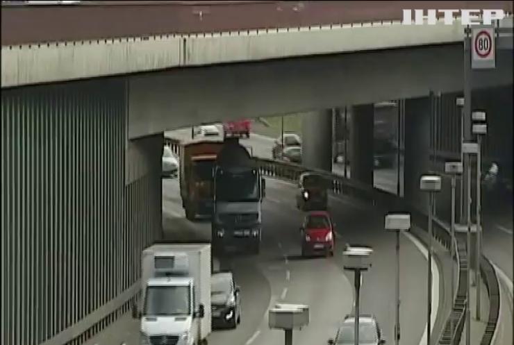 Австрія запровадила контроль на кордоні