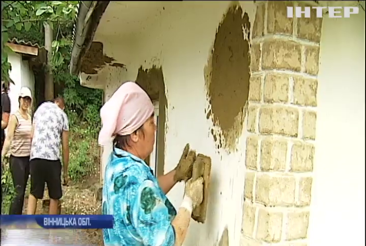 На Вінниччині європейські волонтери на практиці вивчають українську культуру