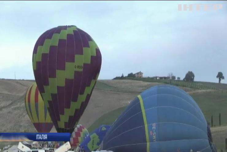 В Італії розпочався міжнародний фестиваль повітряних куль (відео)