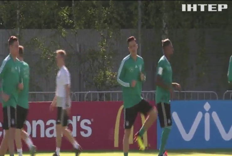 Спортивный скандал: Месут Озиль покинул сборную Германии по футболу
