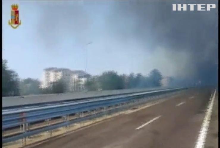 На трасі в Італії вибухнула вантажівка