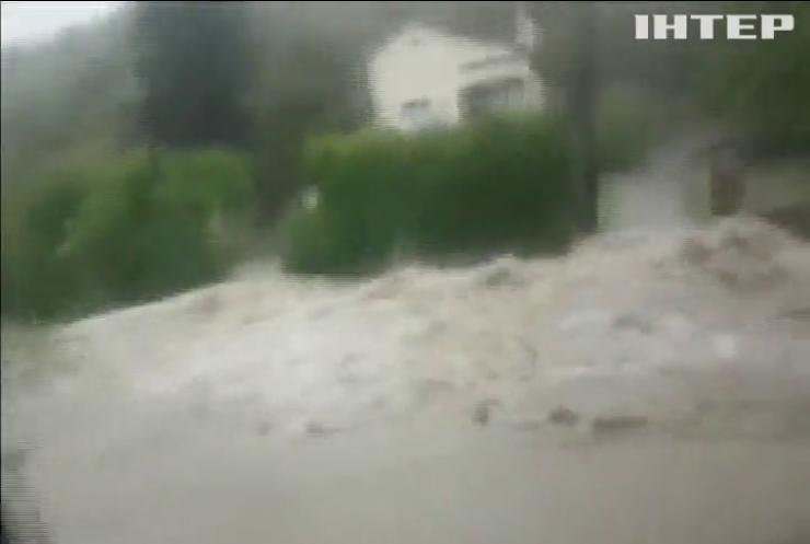 Повінь у Франції: евакуйовано тисячі людей