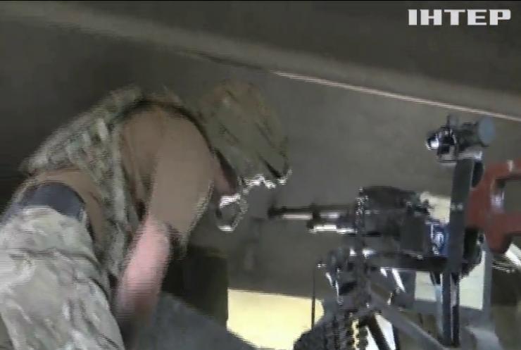 На Донбасі поранили двох армійців