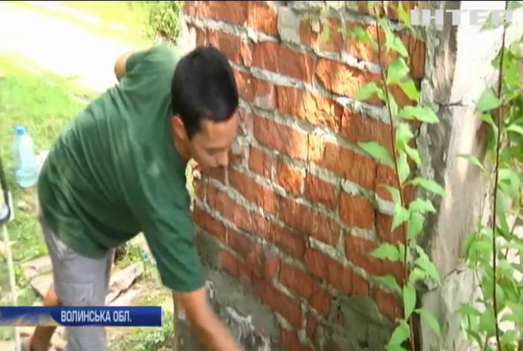 На Волині волонтери відновлюють старовинний музей