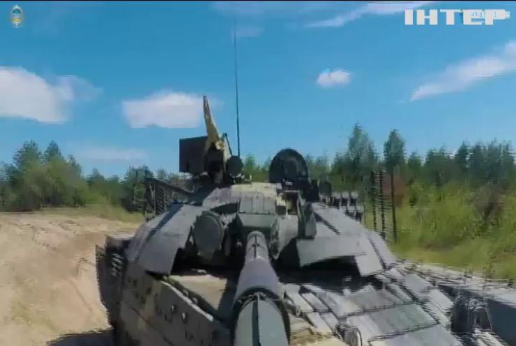 На полігоні випробовували новий український танк