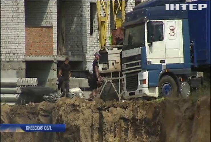 Жители Вишневого требуют остановить незаконное строительство