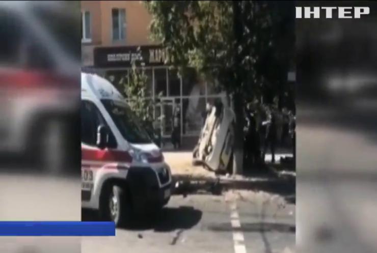 У центрі Сум сталося ДТП з патрульною машиною