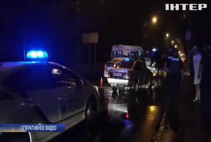 В Ривне таксист стрелял в пассажиров