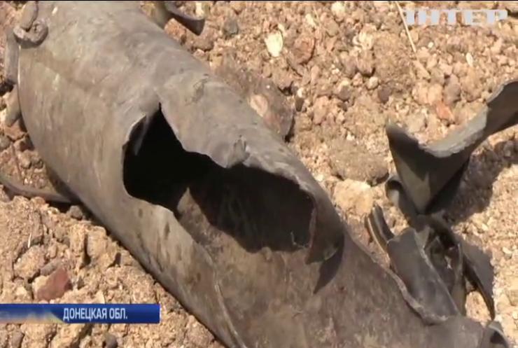 На Донбассе после вражеских обстрелов вспыхивают пожары