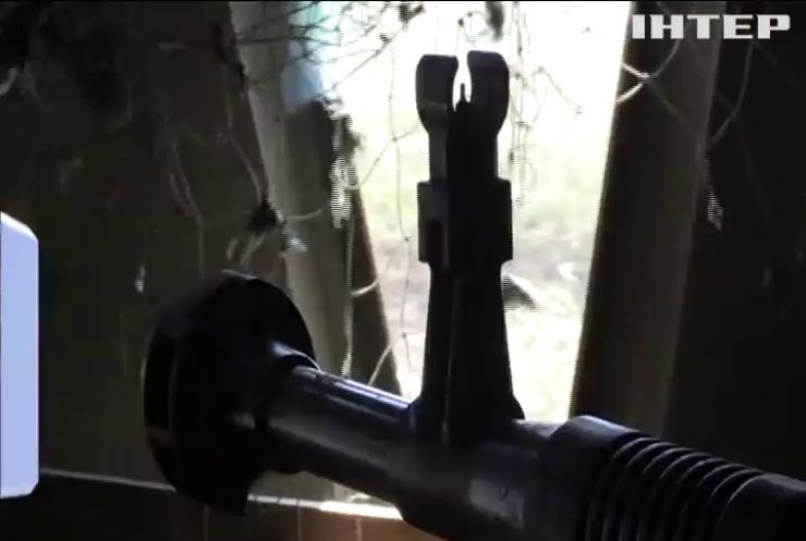 На Донбасі поранили трьох військових