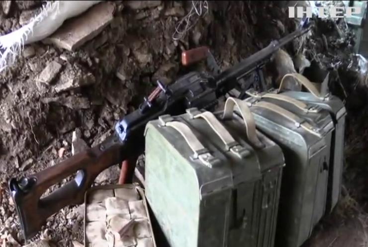 На Донбасі від куль бойовиків загинув військовий